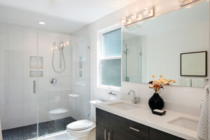 Inside of clean modern bathroom. D & F Plumbing provides quality bathroom drain cleaning in Portland OR and Vancouver WA.